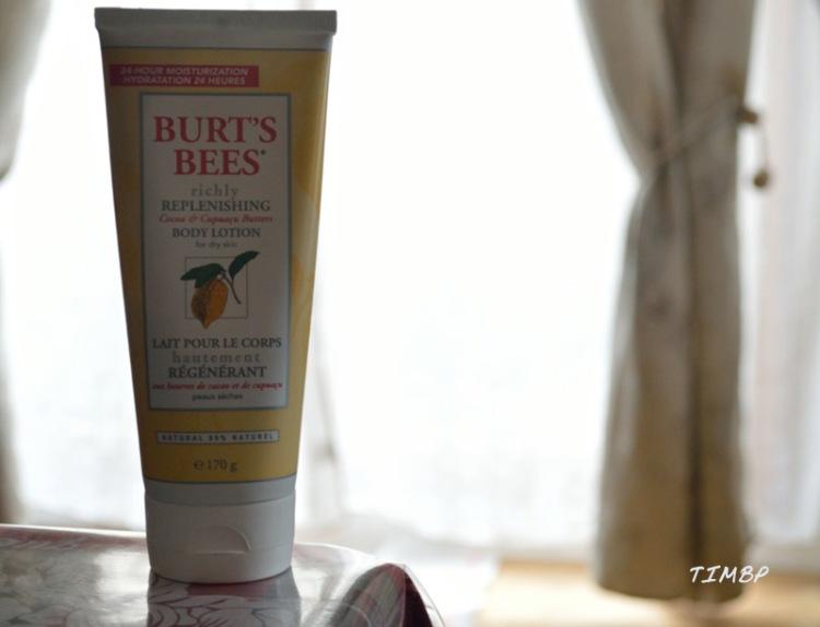 Burt's Bees Lait pour le corps hautement régénérant