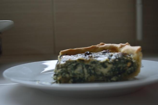 Part de tarte épinards-ricotta-fourme d'ambert