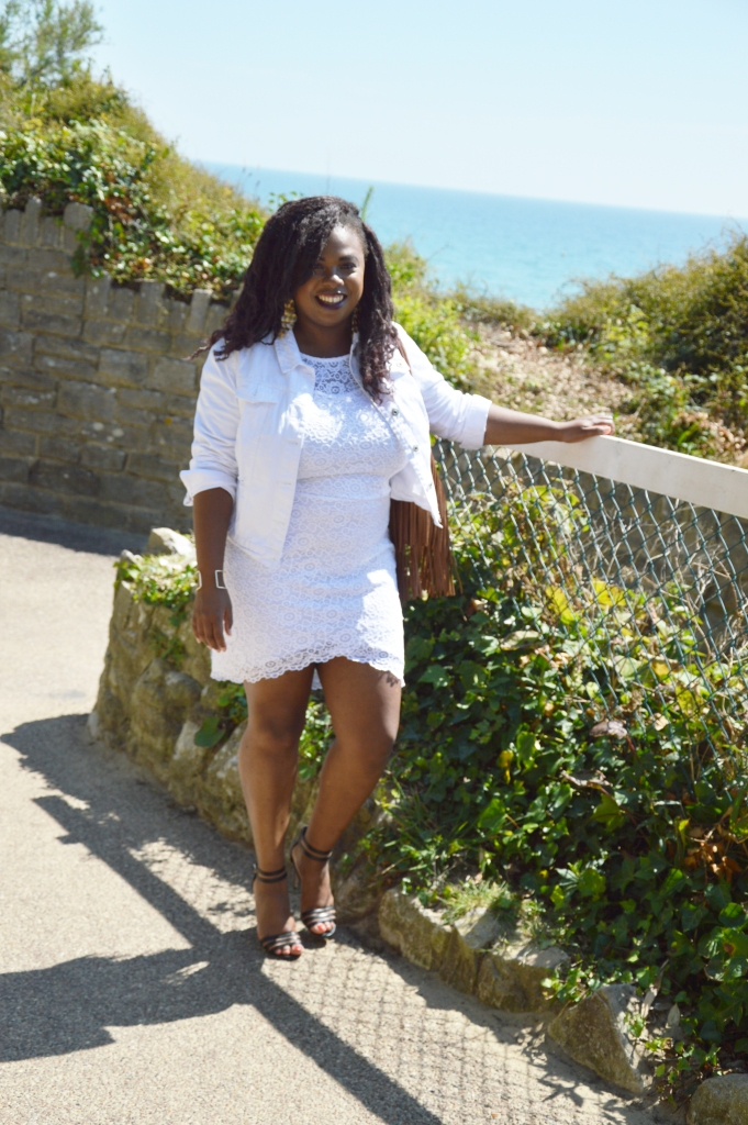 BeingMissflo-White-dress-french-curves-challenge-aug15 (19)
