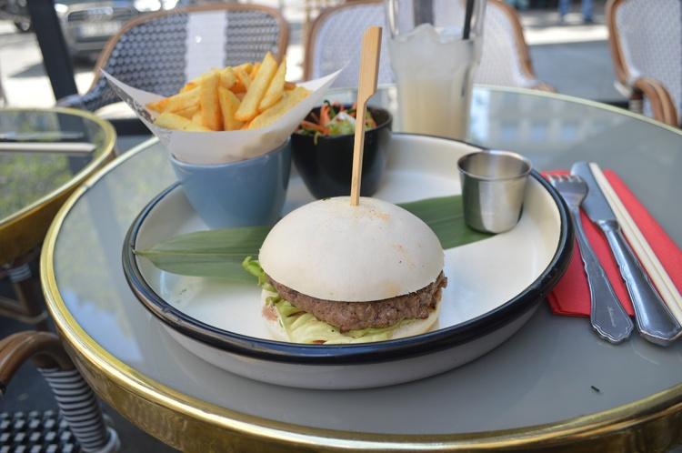 BeingMissflo-1jour1metro-Paris-Saint-Lazare-bao-burger-hanoi-ca-phe (29)