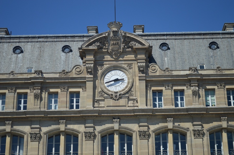 BeingMissflo-1jour1metro-Paris-Saint-Lazare-cour-du-havre (3)