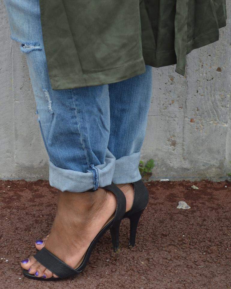 BeingMissflo-trenchcoat-and-girlfriend-jeans (14)