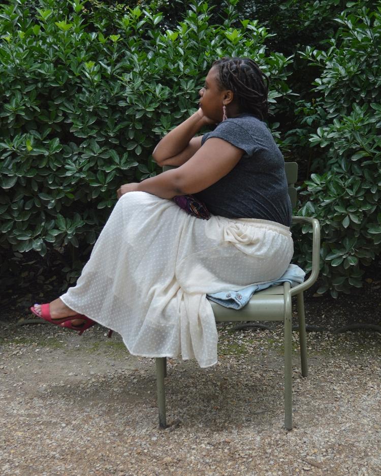 BeingMissflo_ Jupelonngue-veste-en-jean-au-jardin-du-luxembourg(22)
